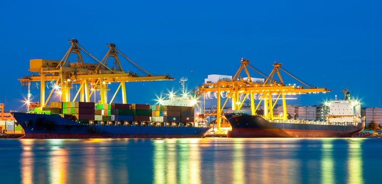 3 Reasons You Need to Start Using Shipping Containers Now