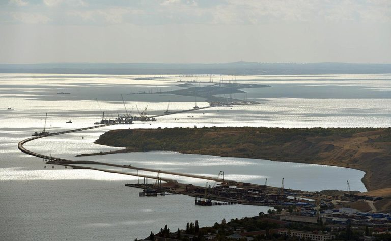 Despite Martial Law Declaration, Shipping Reopens in the Contested Kerch Strait